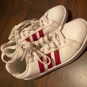 women's Adidas shoes size 7.5